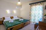 hotel-2-singles-beds-9.jpg